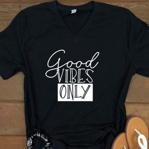 NWT Good Vibes Only Graphic Tee
